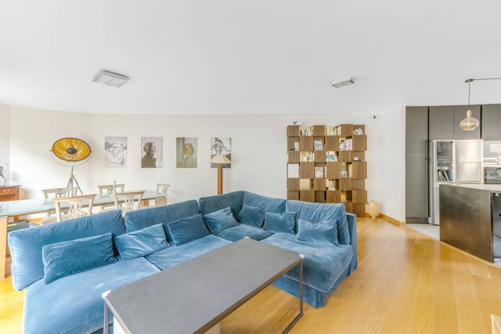 Boulogne - Eglise - Appartement contemporain.