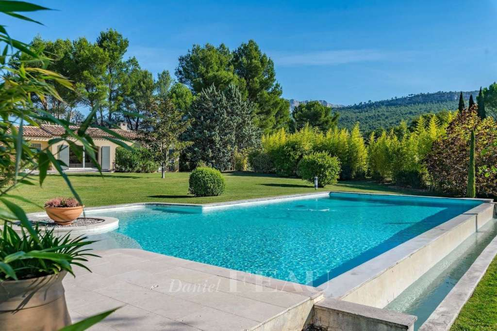 Le Tholonet – Beaurecueil. A very peaceful property