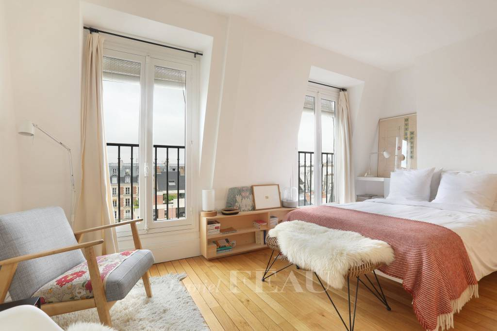 Paris 3rd District – A furnished studio apartment