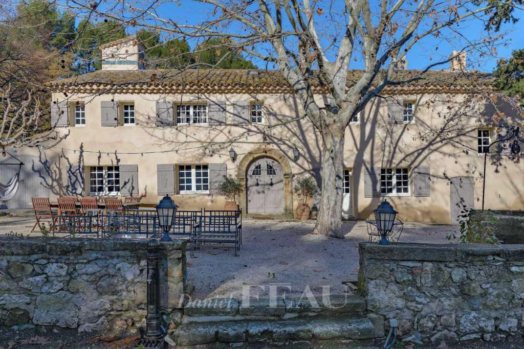 Aix en Provence – A superb period property