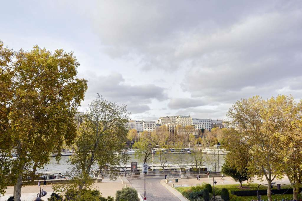 View of the quai de Seine