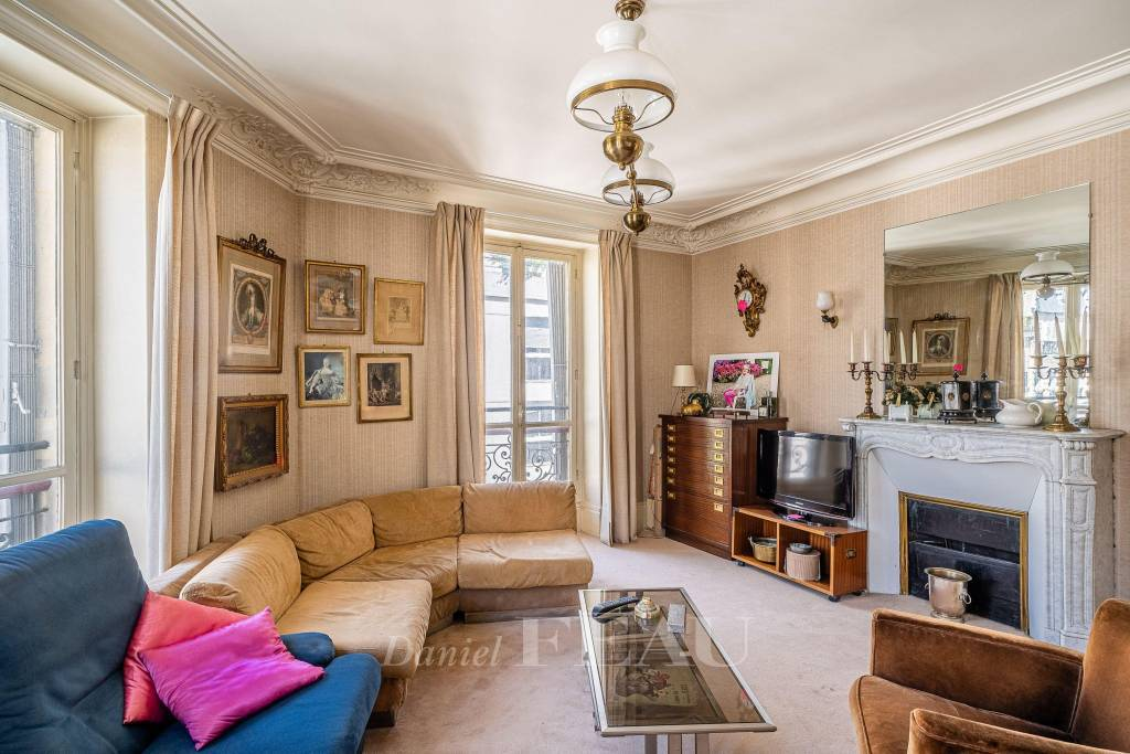 Paris VIe - Rue Notre-Dame-des-Champs