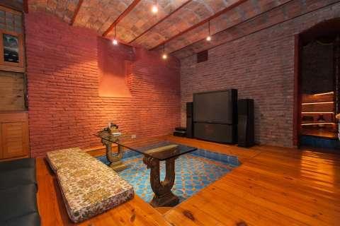 Salon Parquet Mur en briques