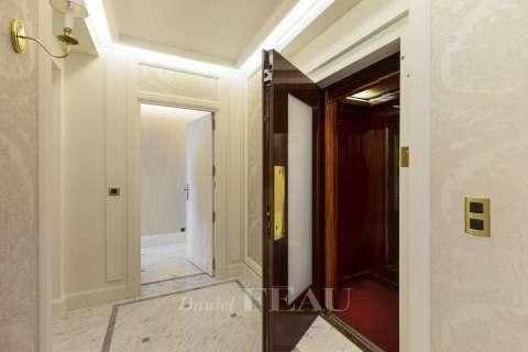 Entrée, ascenseur