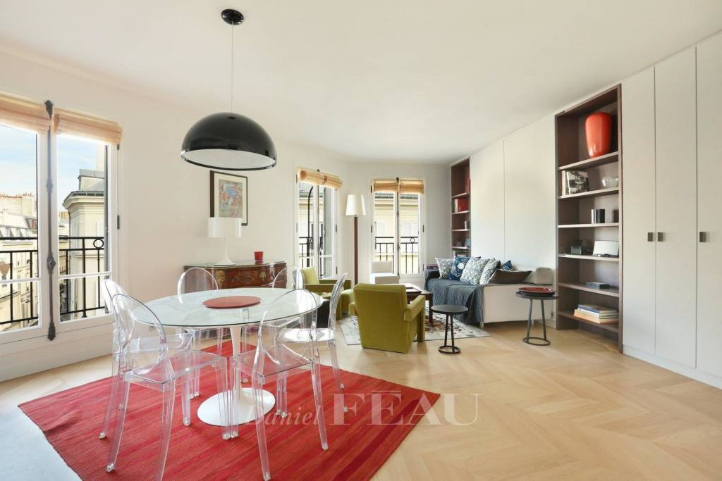 Paris 6th District – A furnished 3-room apartment