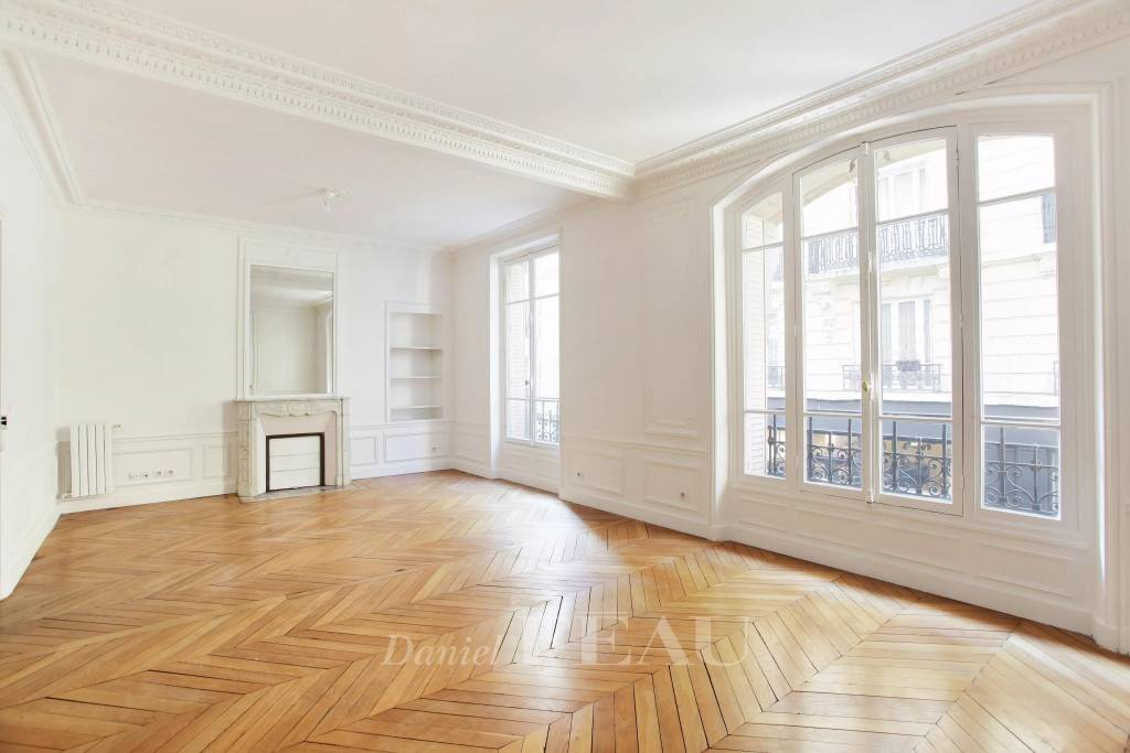Rental Apartment Paris 4th Saint-Merri