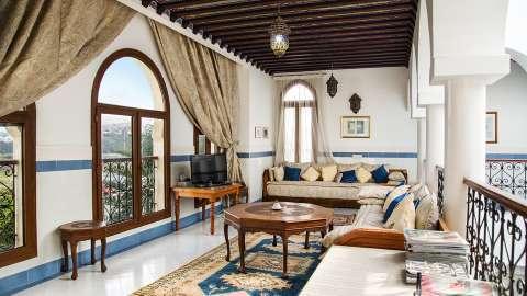Living-room Natural light Tile