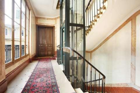 Cage d'escalier, parties communes
