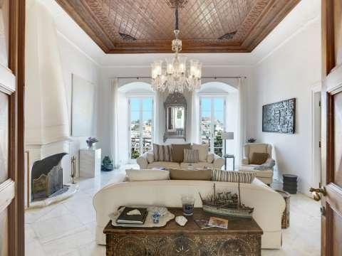 Living-room Tile Fireplace Chandelier