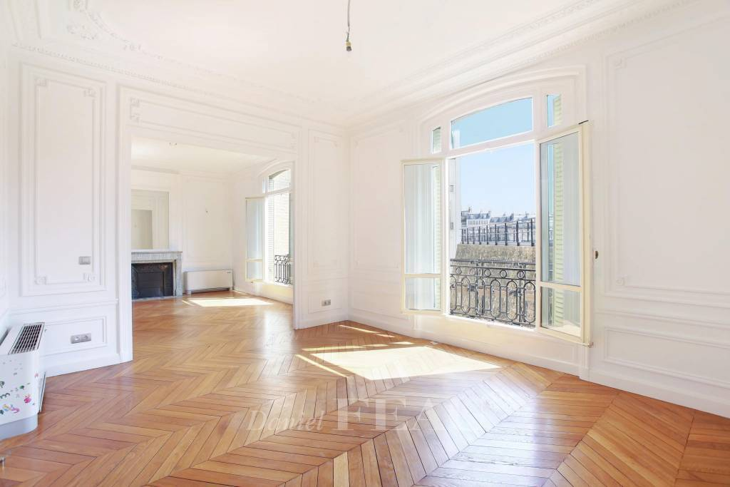 Rental Apartment Paris 16th Chaillot