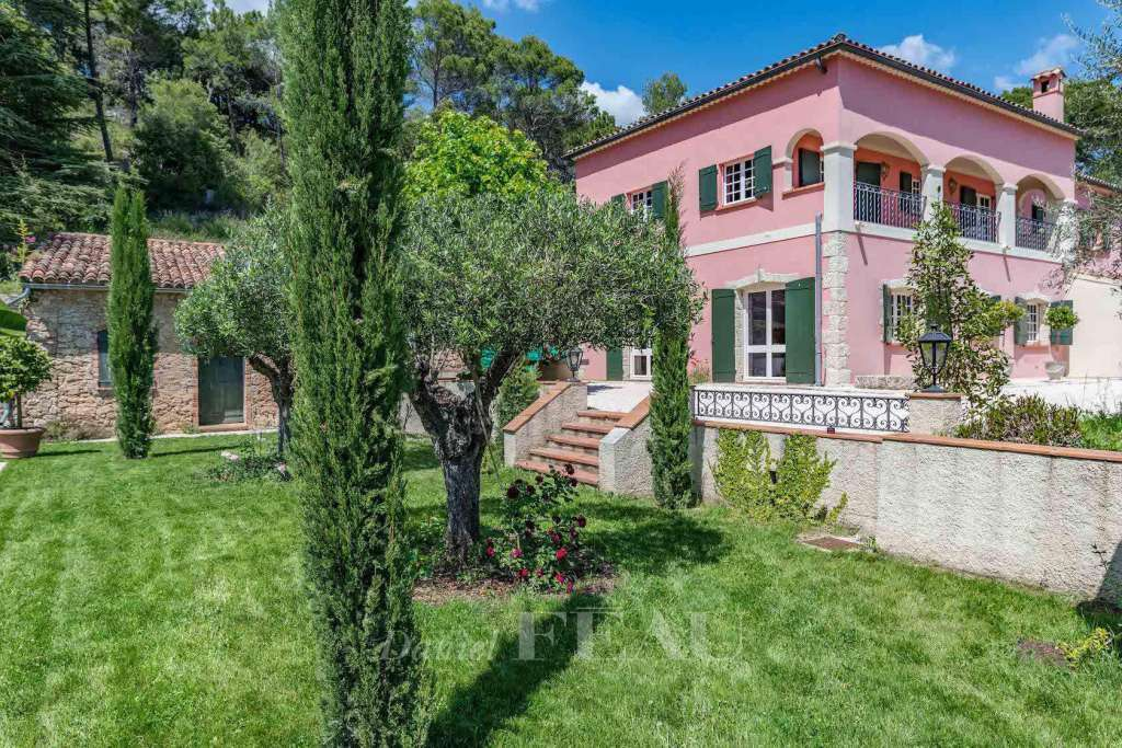 Salernes – A charming property