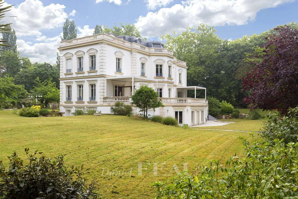 Le Vésinet – A magnificent period property