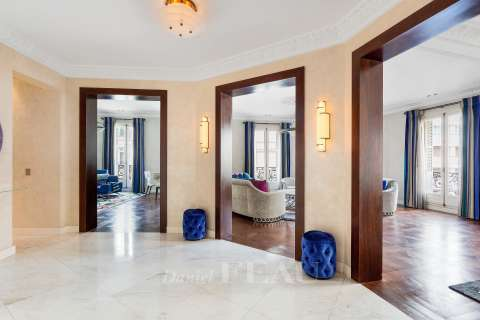 Entrance, marble floor, mouldings