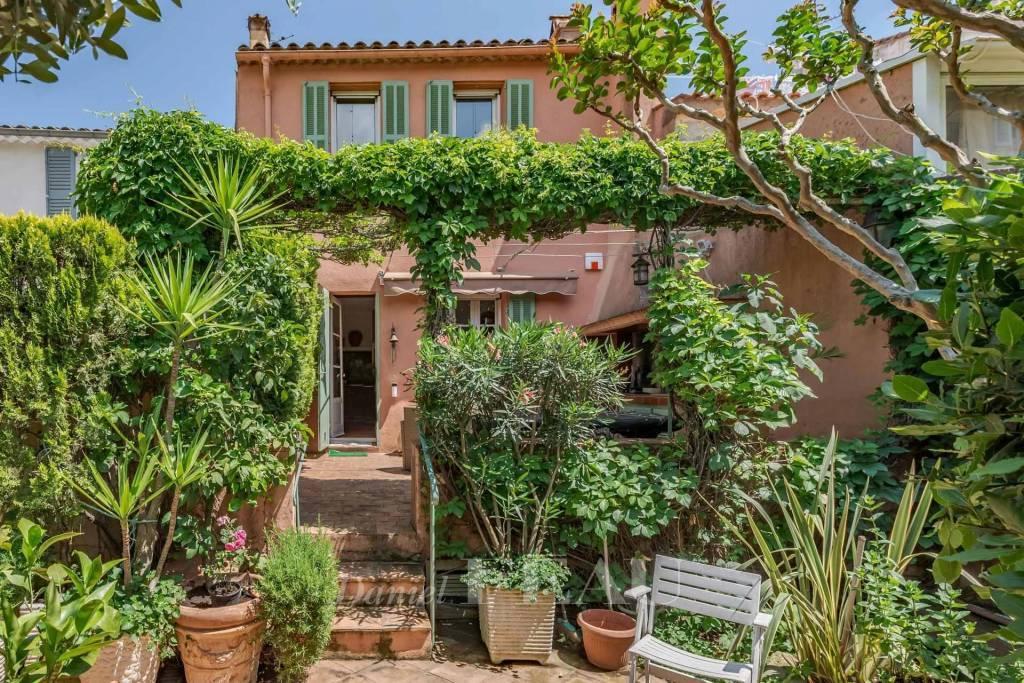 Cogolin - St Tropez -  Maison de charme en coeur de village