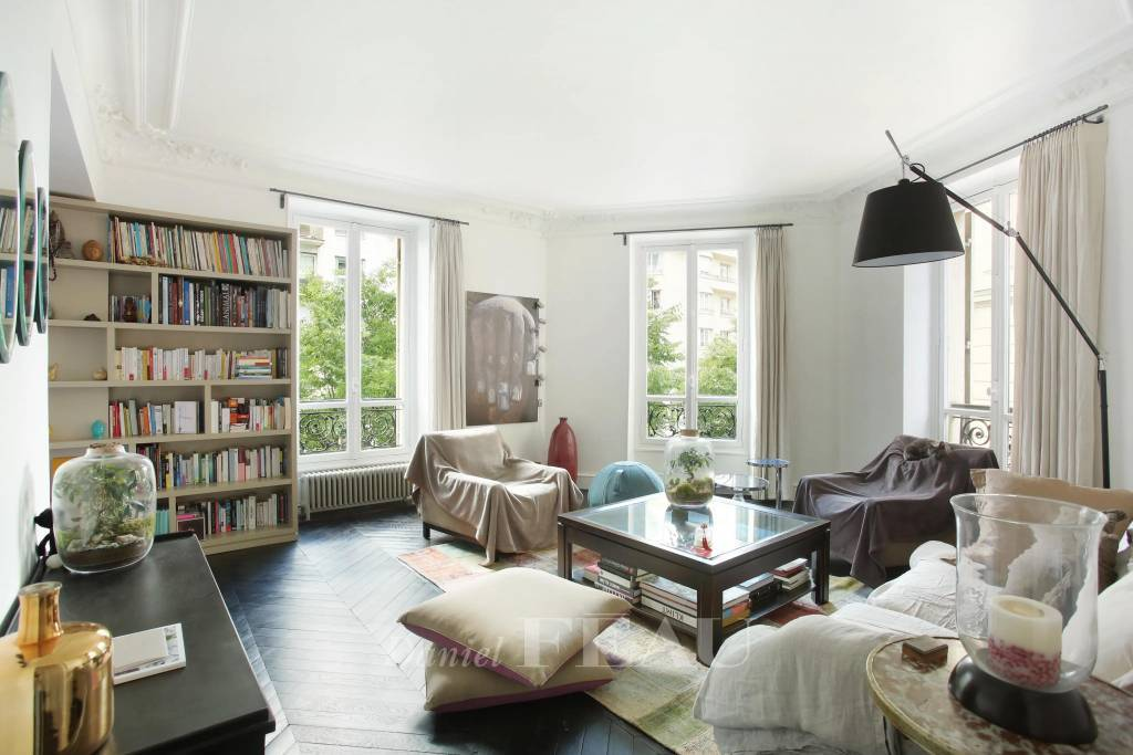Neuilly-sur-Seine  -  An elegant 2/3-bed apartment