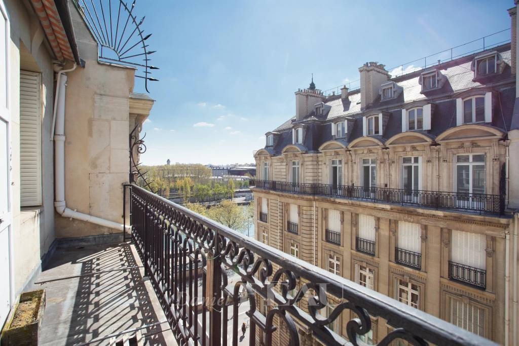Sale Apartment Paris 16th Chaillot