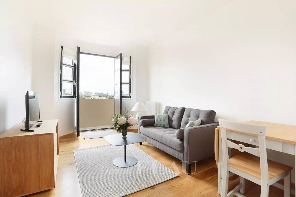 Neuilly-sur-Seine – A furnished 2-room apartment