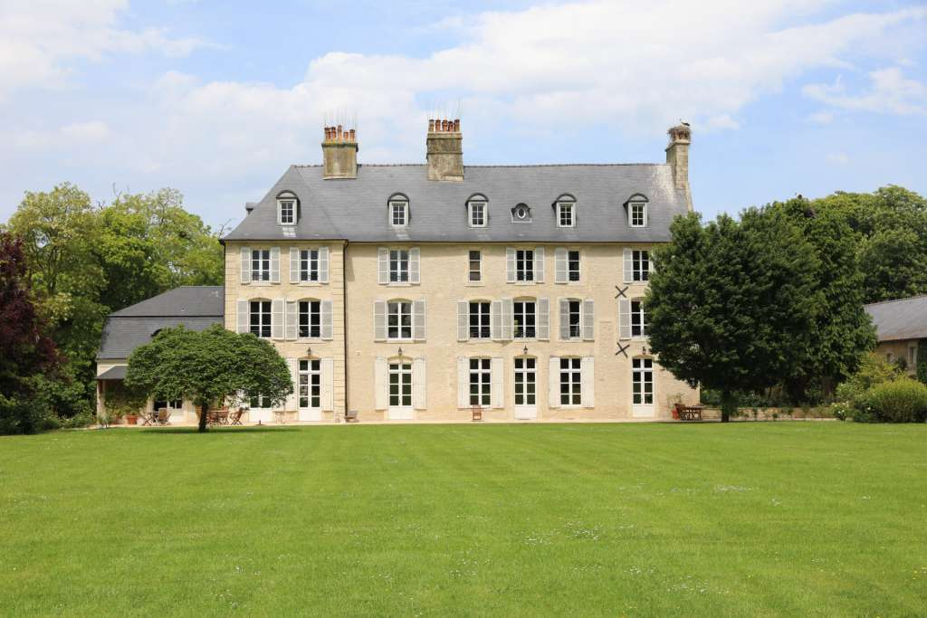 Normandy – A superb 18th century manor house