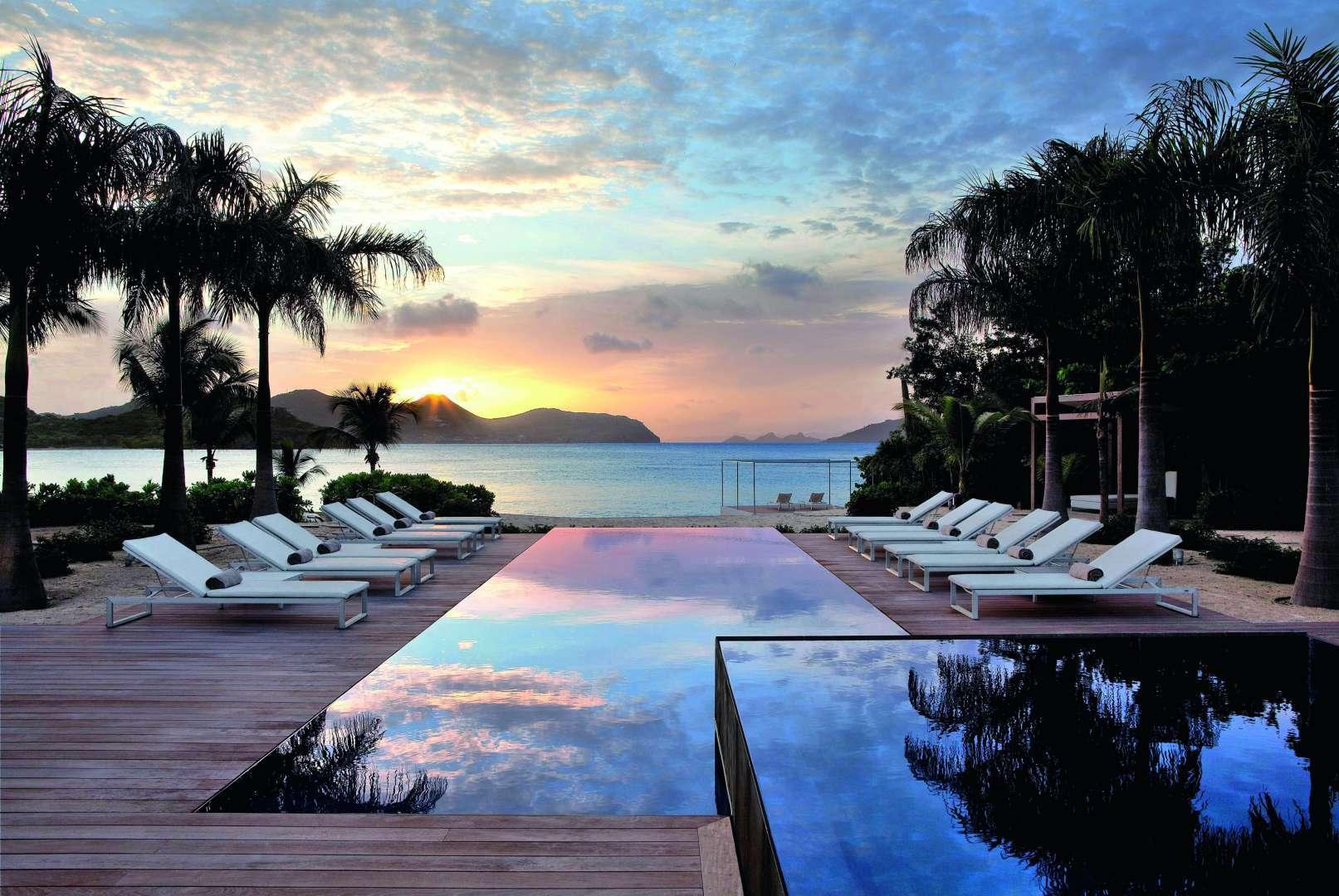 Saint-Barthélemy, immobilier de luxe, piscine à débordement, immobilier exceptionnel