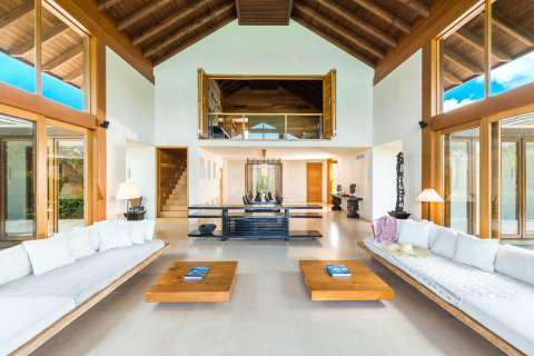 Living-room High ceiling Carpet