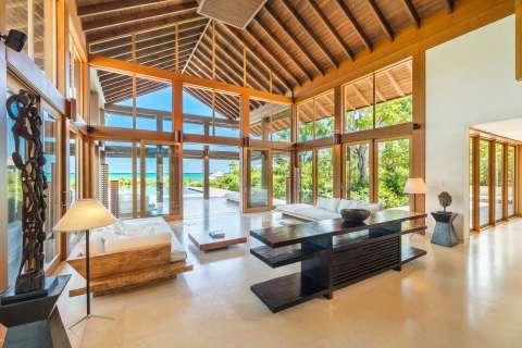 Living-room Tile High ceiling