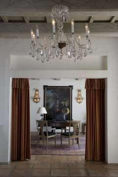 Salon Lustre Hauteur sous plafond Carrelage Parquet