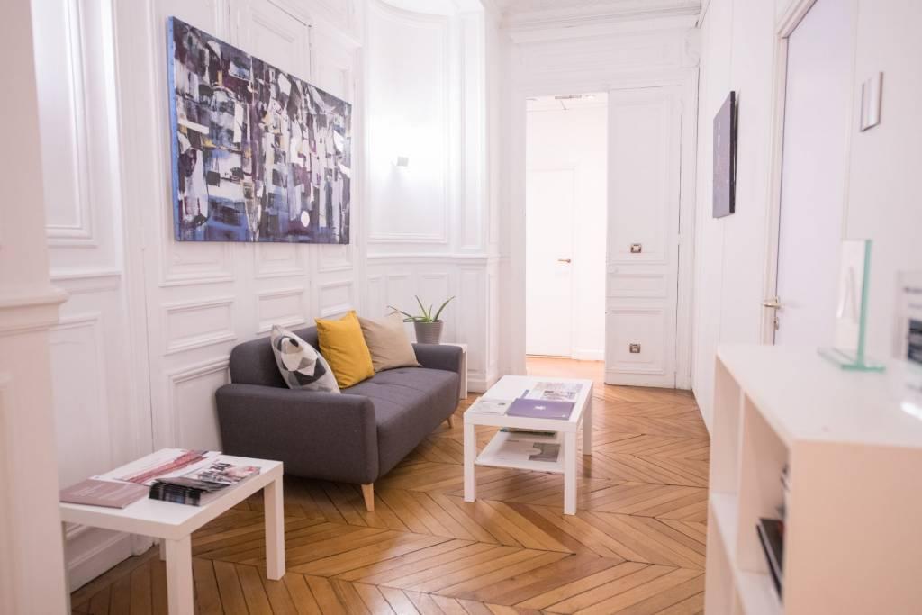 Beaux locaux parisien - Paris 8e - 265 m2 - 11 bureaux & 2 salles de réunion