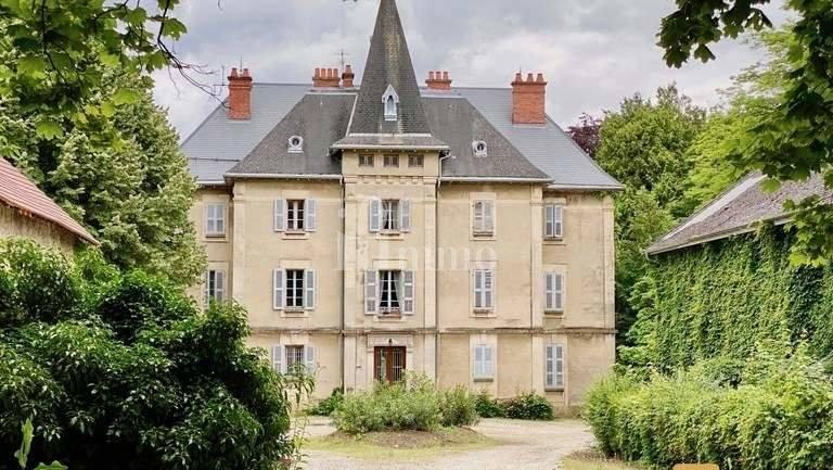Saint-Jeoire-Prieuré (73) - Château du XIX Siècle