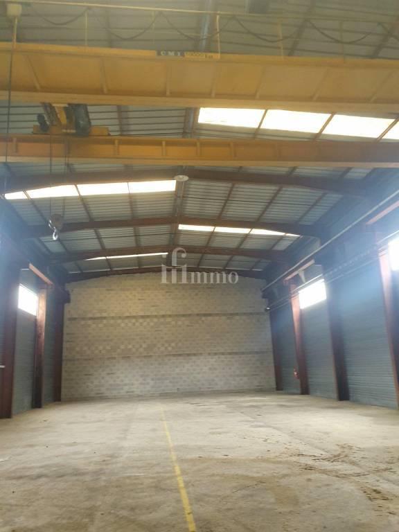 Entrepôt pour activité commercial et industrielle /Stockage TULLINS
