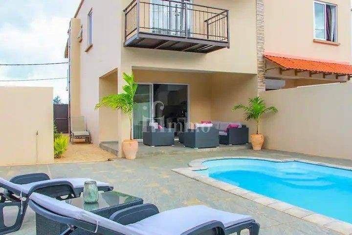 Villa avec piscine privée à 100 m de la mer