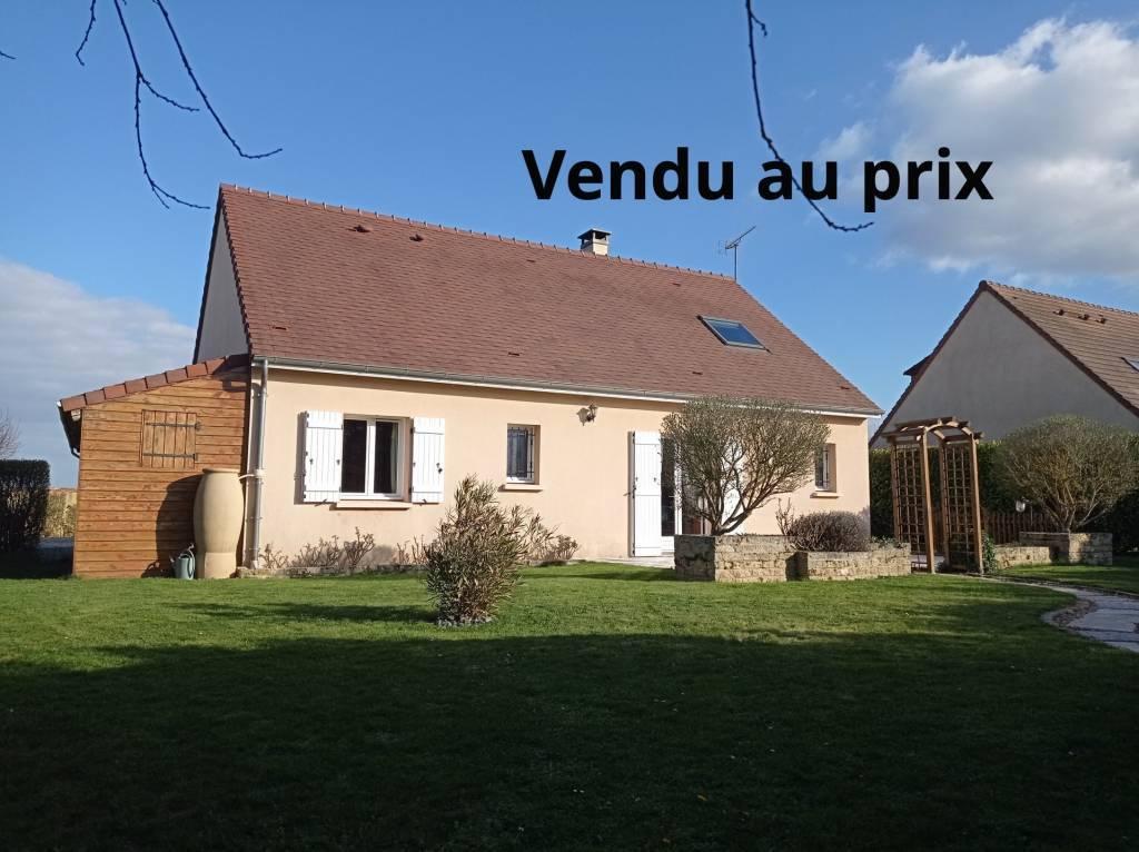 Coup de cœur garanti! Maison  de 133 m2 sans vis à vis, au calme avec vue verdure. 4 chambres.