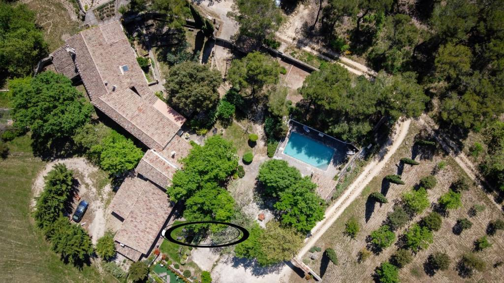 EXCLUSIVE: CHARMING PROPERTY IN A PRESERVED LOCATION NEAR GORDES