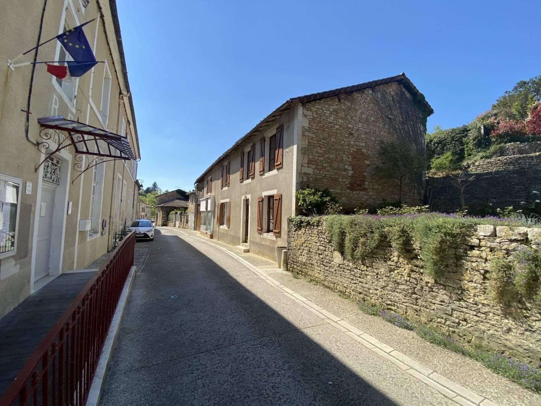 1 18 Nanteuil-en-Vallée