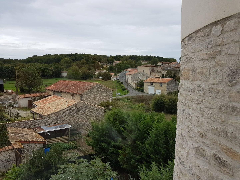 1 18 Montignac-Charente