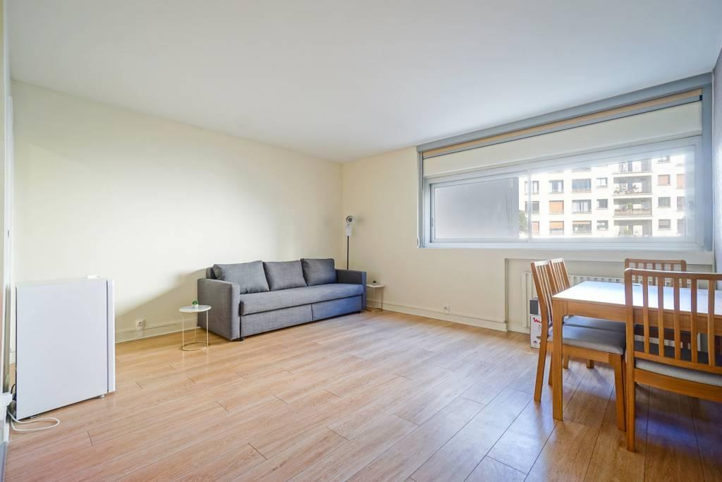 Rental Apartment Paris 16th Porte-Dauphine