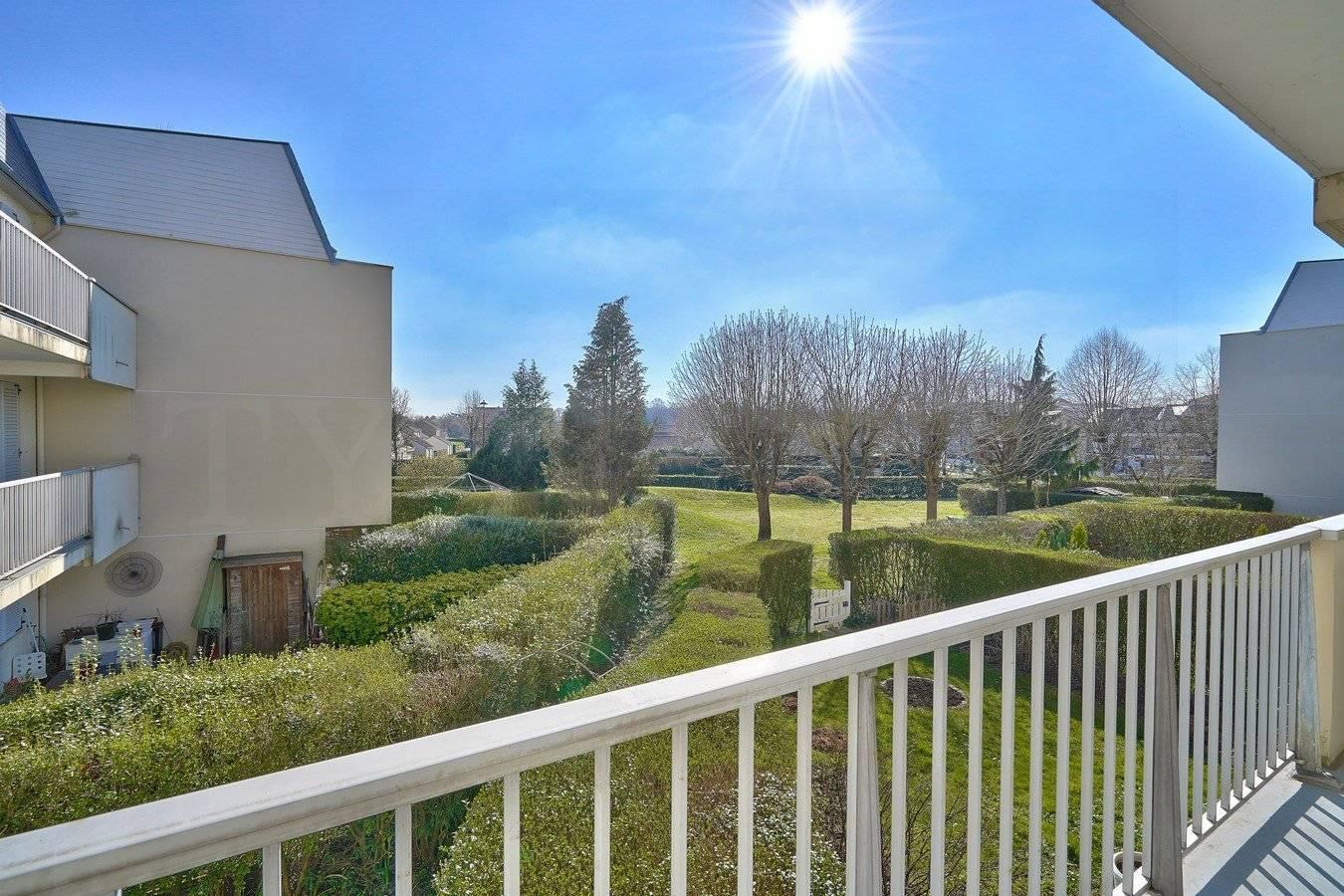 1 5 Montigny-le-Bretonneux