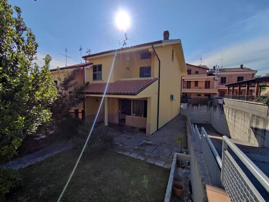 Sale Semi-detached house Colli al Metauro