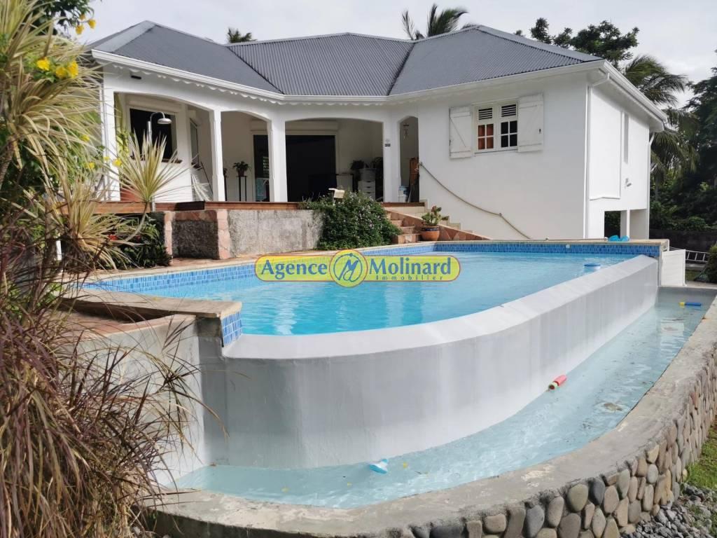 Rental Villa Baie-Mahault