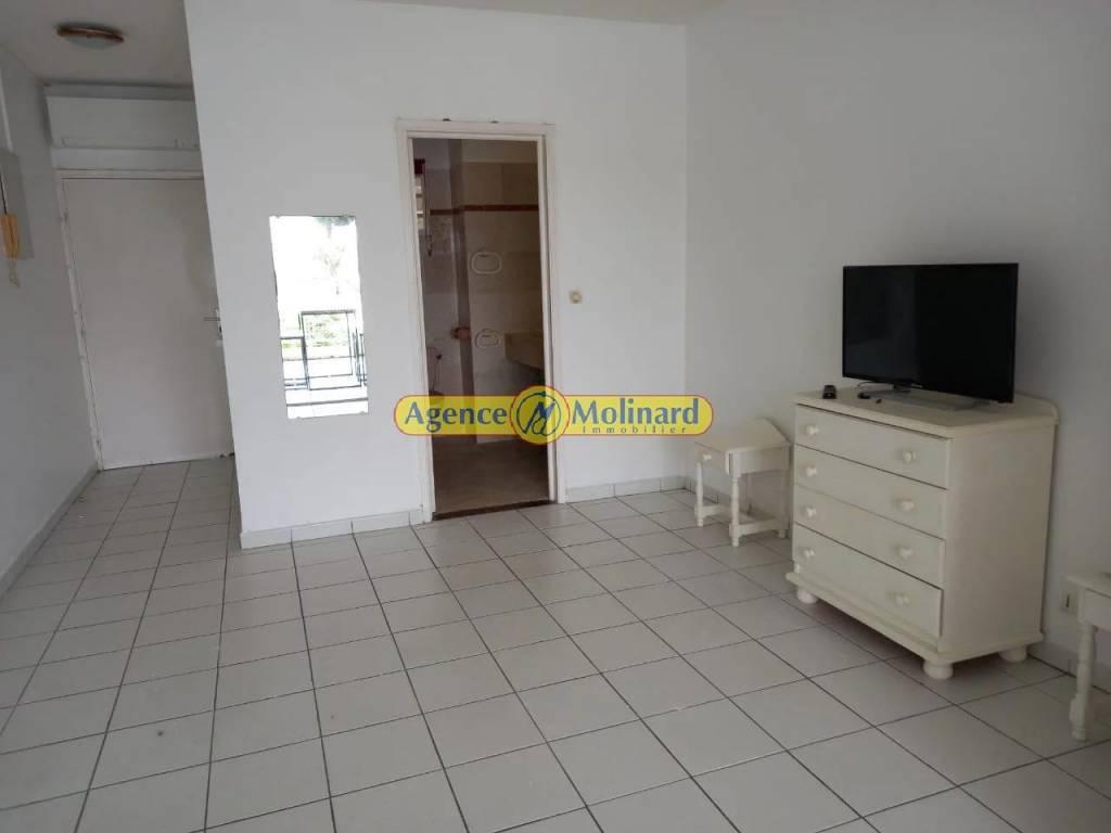 A SAISIR - Appartement * 1 pièces * 25 m² * 97190 LE GOSIER
