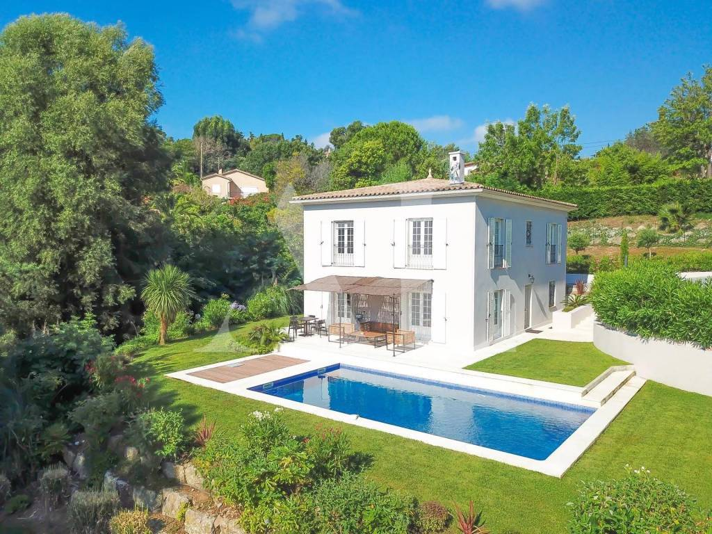 SUPER CANNES - 5 BEDROOMS VILLA
