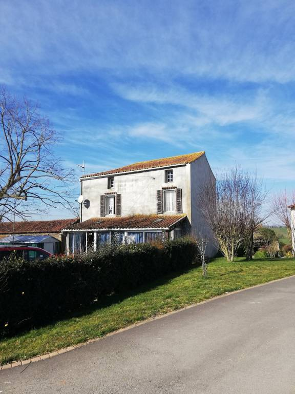 Detached house in a rural hamlet