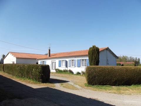Sale House AMAILLOUX