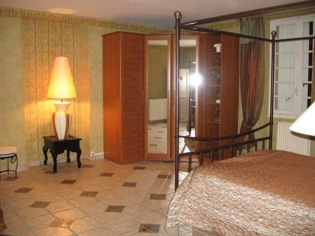 Belle demeure à vendre d'environ 350 m2 habitables ...