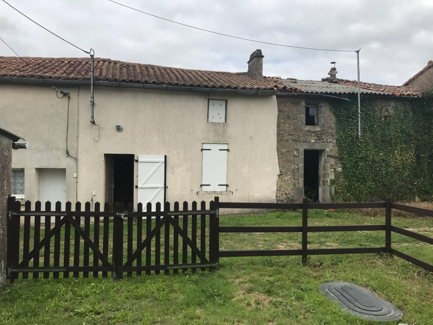 Sale House Saint-Pierre-du-Chemin