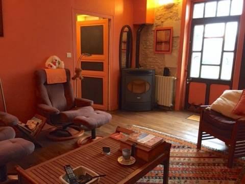 Sale House Champdeniers-Saint-Denis