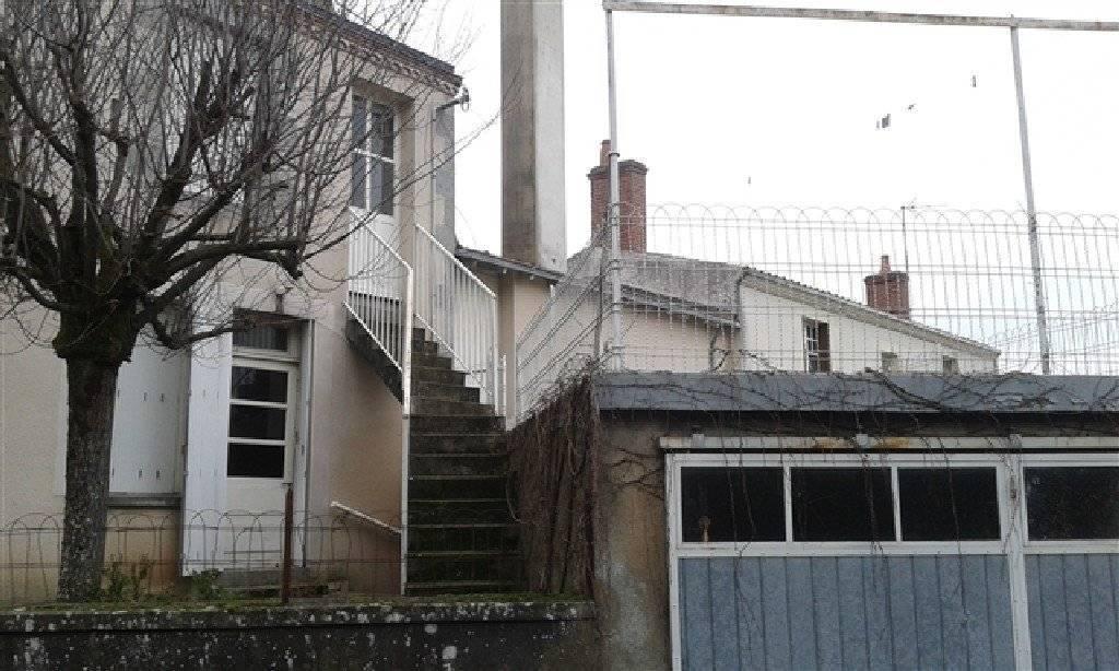 Sale House Saint-Clémentin