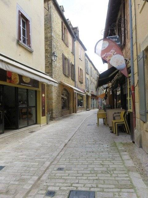 Bastide village house with shop (210 m2) fully restored