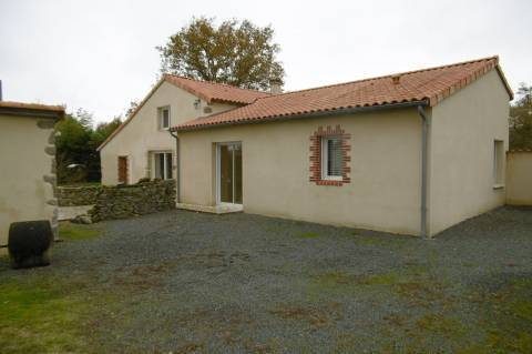 Sale House CHAMBROUTET