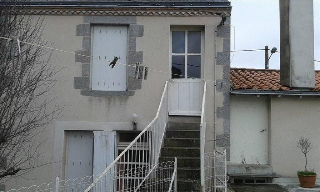 Maison du bourg avec vue