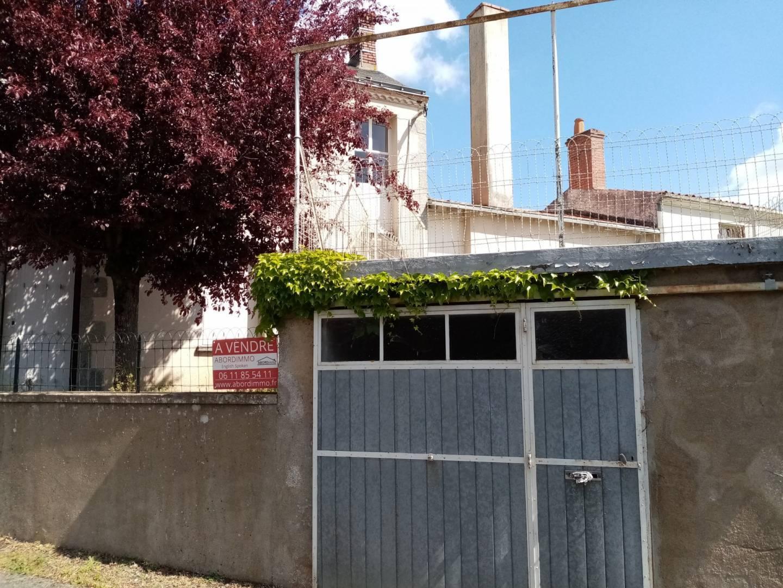 1 18 Saint-Clémentin